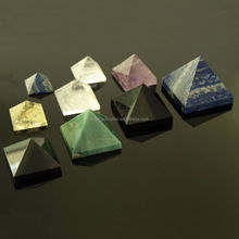 Crystal pyramid paperweight/Customized shape of pyramid crystal trophy item