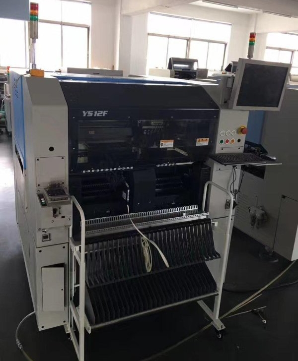 High performance pcb making machine Yamaha YS12F pick and place machine with automatic tray supply unit