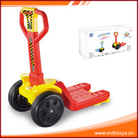Popular Inexpensive cartoon plastic electric forklift kids toy car