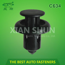 Automotive Auto Plastic Clip Fastener with good quality