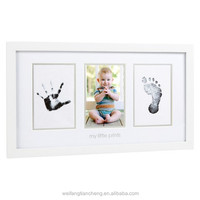 White hand and foot prints memory wood photo frame for baby good quality