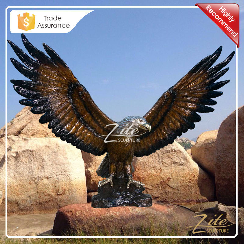 Hot Selling life size bronze outdoor eagle sculpture