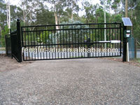 Aluminium sliding and swing gates