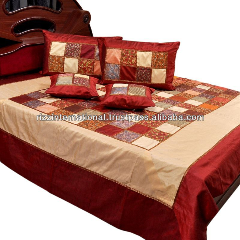 Chess Design Silk Bed Cover
