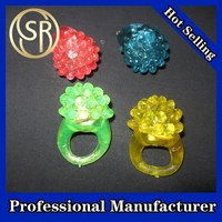 STRAWBERRY FLASHING FINGER RING TOYS FOR PROMOTION