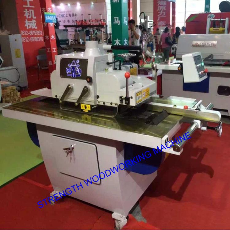 High quality woodworking bench for straight line rip saw