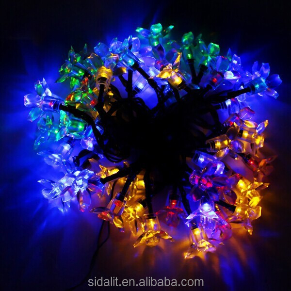 Low voltage solar christmas color changing outdoor led flood light