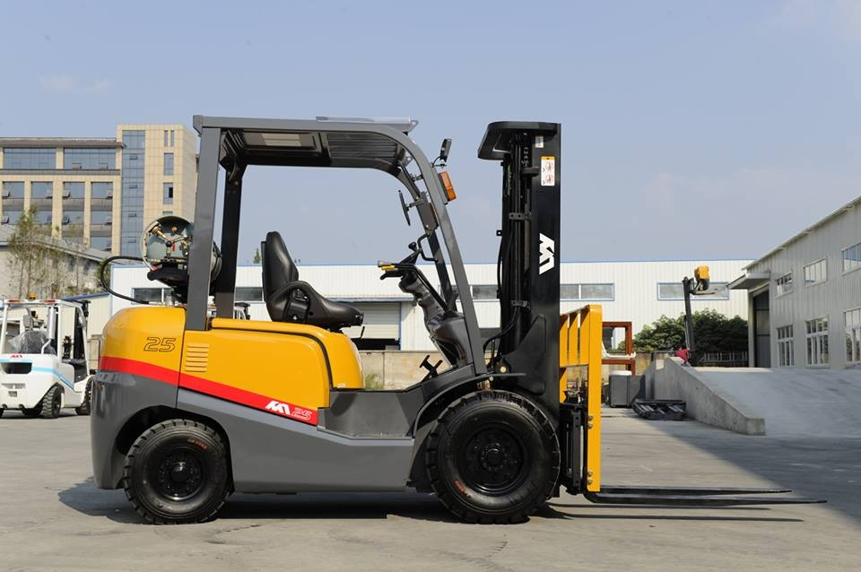 Japanese engine good condition datsun forklift parts on hot sell