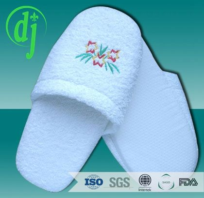 Grey printed cloth indoor hospitality industry slipper suppliers /pedi slippers