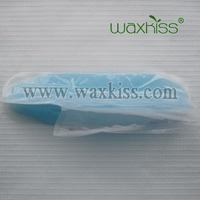 Home used nourishing paraffin wax gloves for dry feet