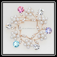Popular Cute Big Flower Elegant Beautiful Brooch Full Pearls and Created Diamond Exquisite Brooch