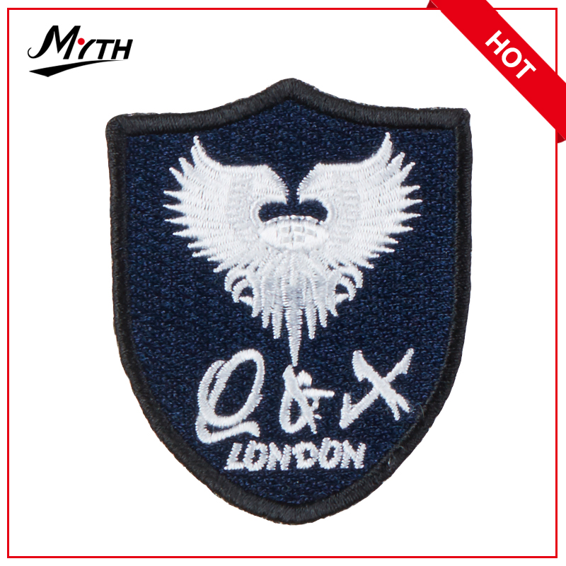 Hot sale embroidery gun patch,embroidery patch logo