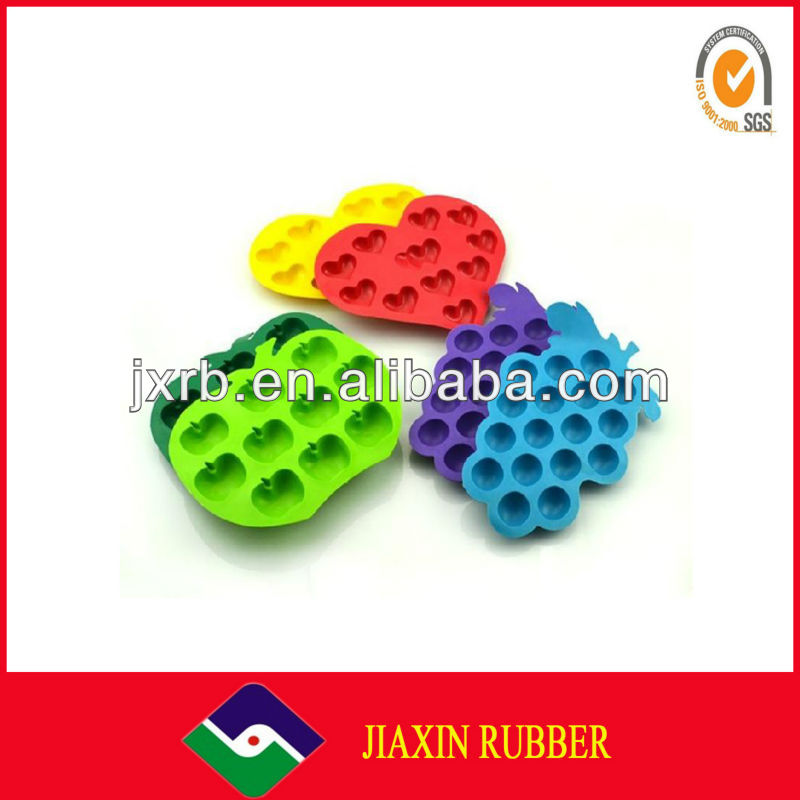 Apple shaped silicone ice cube mold