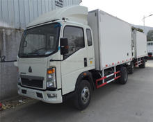 STR 4*2 High Quality Refrigeration Unit Truck