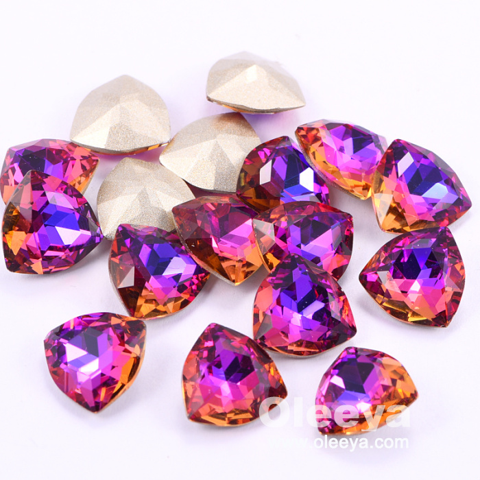 Wholesale The Best Quality 40pcs 12mm Violet Blue Fat Triangle K9 Glass Pointback Rhinestones For Garment Accessories
