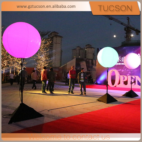Guangzhou outdoor inflatable tripod stand led light ball balloon for event