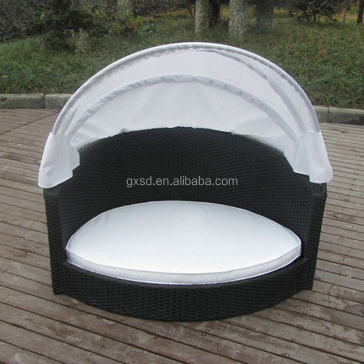 Pet furniture all weather black wicker woven luxury pet bed with canopy