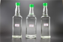High Quality Flint glass square whisky bottle with screw plastic cap 500ml 750ml SGS