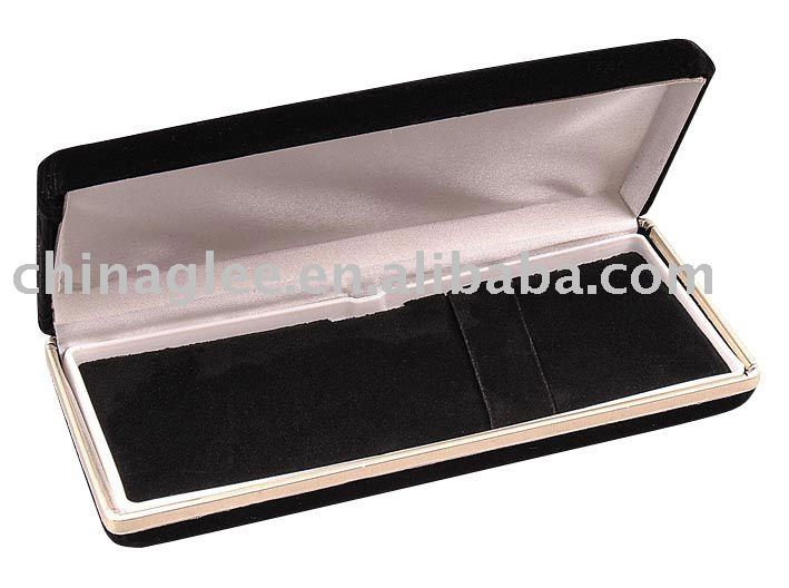 metal pen case