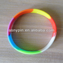 2013 Promotional gift rainbow Colors silicone wrist straps
