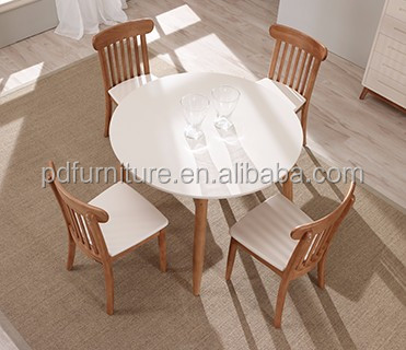 New design rubberwood dining table round wood table for home