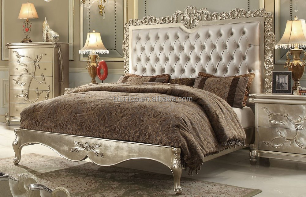 Royal European Style Wooden Bedroom Set With Gold leaf