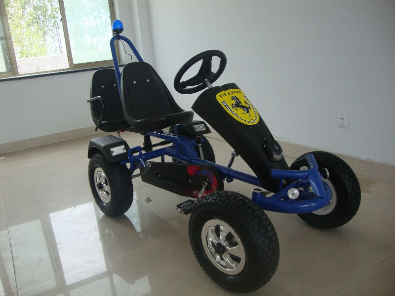 Hot sell adult pedal cars,sandbeach carts,pedal go kart with free wheels and pedals F150AB
