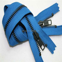 High quality metal teeth zipper roll
