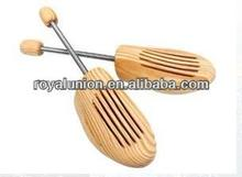 2014 new fashion wooden shoe stretcher with eco-friendly material