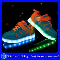 Alibaba China Best Sell Many Different Designs Kids Shoes Led