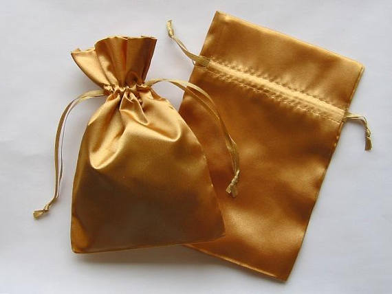 Factory price Satin Gift Bags Gold Favor Bags with Drawstring for Packaging