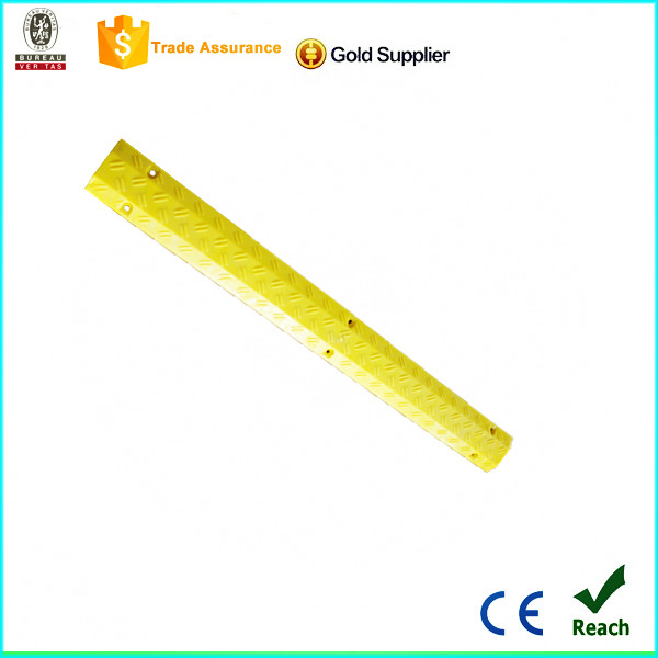 good quality pu material yellow floor cable cover