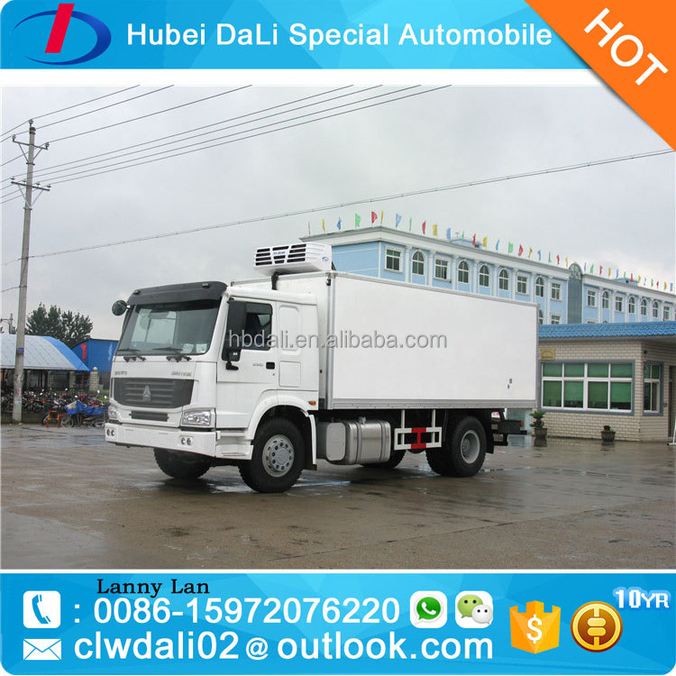 HOWO 4x2 refrigerated cargo van refrigerated cold room van truck refrigerated tank truck