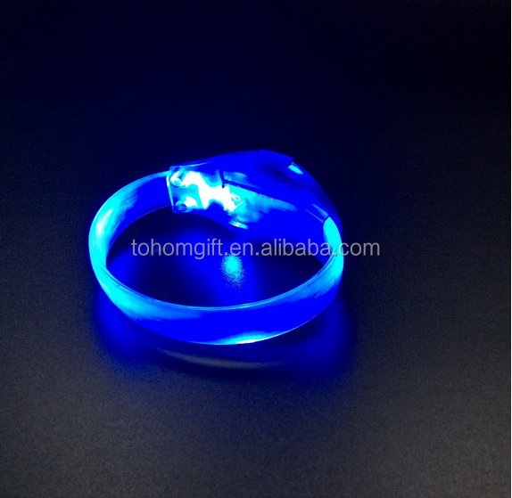 Promotion Wholesale Radio Controlled LED Wristband Light UP Bracelets LED Festival Wristband