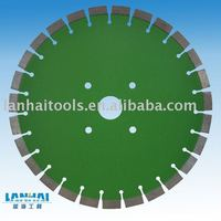 Synthetic diamond saw blade