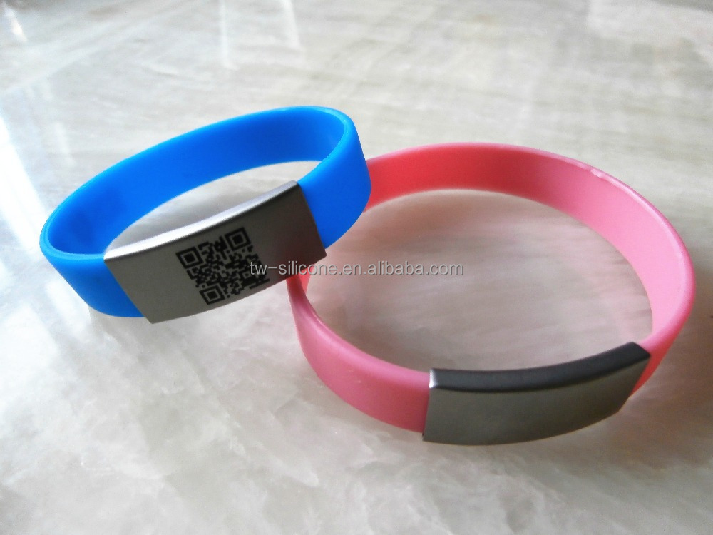scannable QR Code slim bands with different sizes