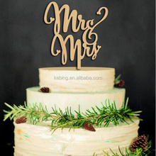 New product Mr & Mrs Wood Wedding cake topper for party decoration