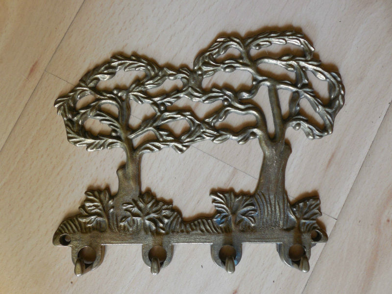 Barock Style Keys Hanger Antique Tree Design