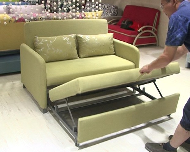 Flat sofa bed mechanism frame