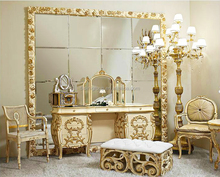 Luxury Elegant Reproduction French Style Golden Floral Vanity Dresser for Bedroom BF12-12094a