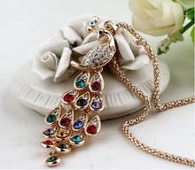 2016 Fashion pendant necklaces beautiful peacock shaped with colorful crystals necklaces