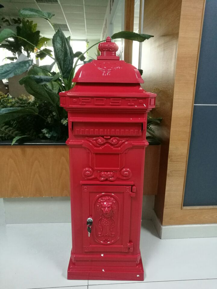 Free Standing Cast Aluminum Mailbox with Two Boxes