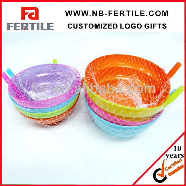 Tableware Kitchen Plastic bowl With Straw