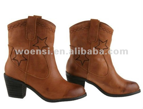 cowgirl thick heel mid calf boot with exquisite embroidery