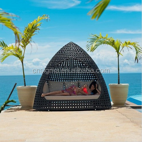 Sigma outdoor wicker nest style bed garden patio sleeping pod bed for sale