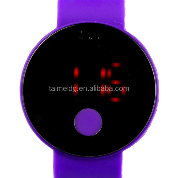 2015 ladies silicone wrist watches Made in China