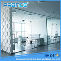 Reliable performance of the model of grind arenaceous glass partition wall in the office