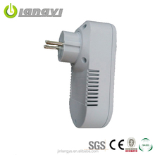 2016 Newest Eco-Friendly Save Power General-Purpose App Controlled Plug