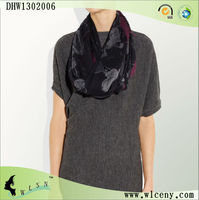 Fashion Black and Gray Neck Scarf