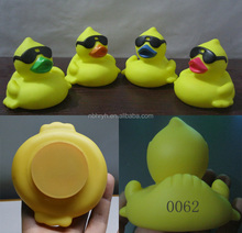 wholesale weighted rubber duck with sunglasses ,floating racing duck, rubber duck with glasses with number